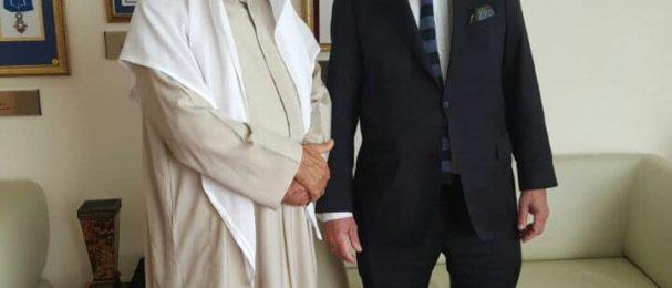 """اتفاقية """"حوار ثقافات"""" بين مؤسسة عبدالعزيز البابطين الثقافية والمعهد الدولي للسلام"""